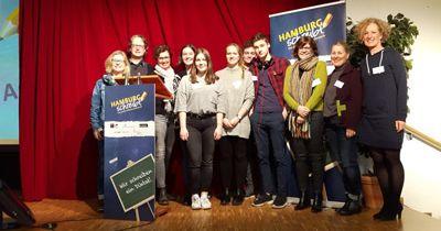 """Diktat-Wettbewerb – """"Hamburg schreibt!"""""""